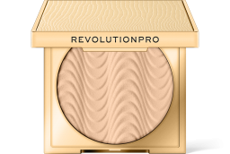 Revolution PRO, CC Perfecting Cool Maple, pudr